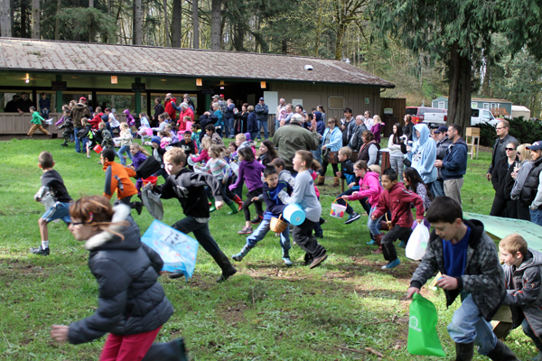 Area families celebrate Easter with egg hunts