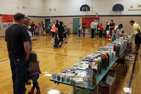 Toledo celebrates success of second annual Family Reading Night