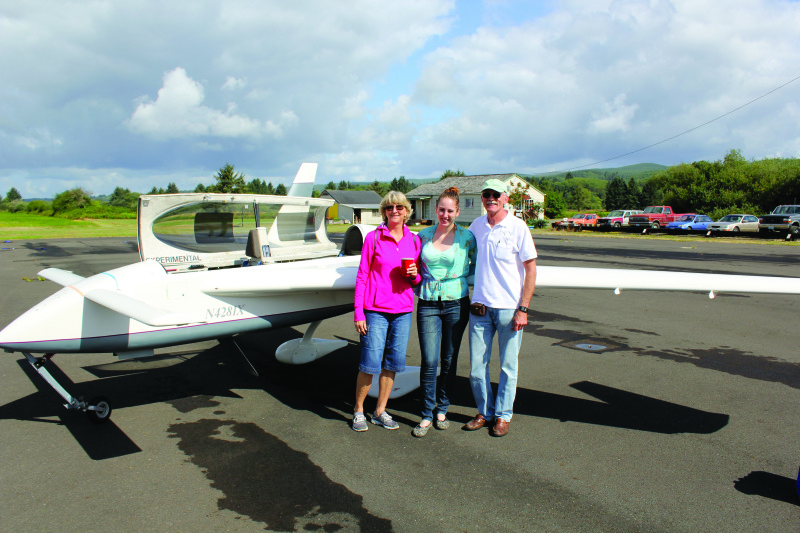 UFOs fly into Willapa Harbor Airport   wh event