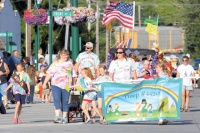 A sunny evening greets Castle Rock fair-goers