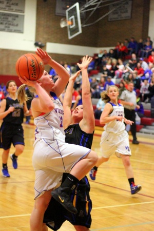 Valley pushes past Adna in district opener 44-30