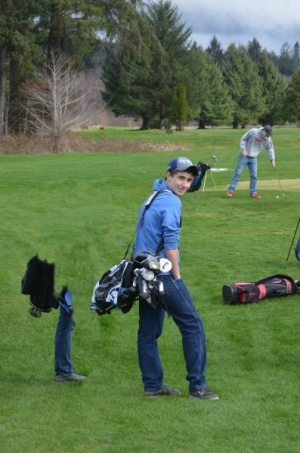 Betrozoff shoots 39 in win