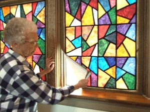 Raymond church opens to show quilted stained-glass windows as part of annual quilt event