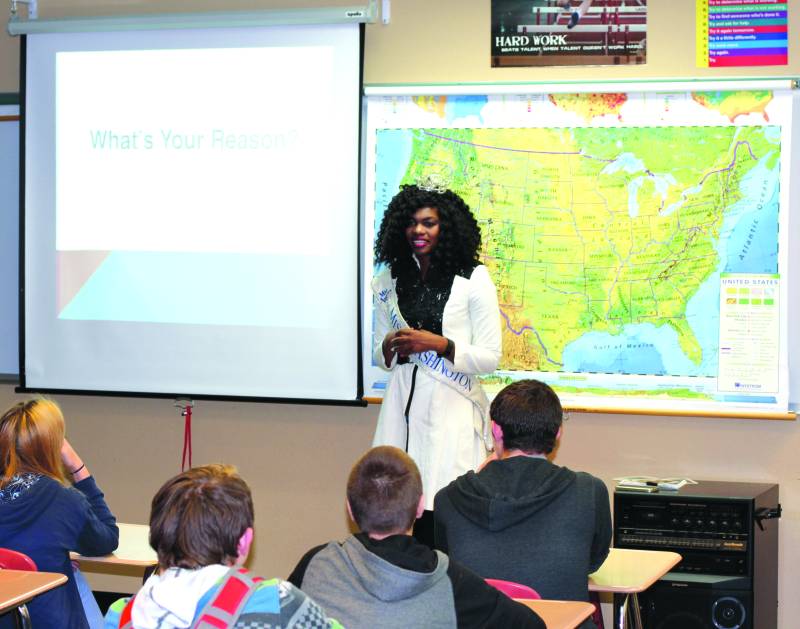 Miss Washington visits local school