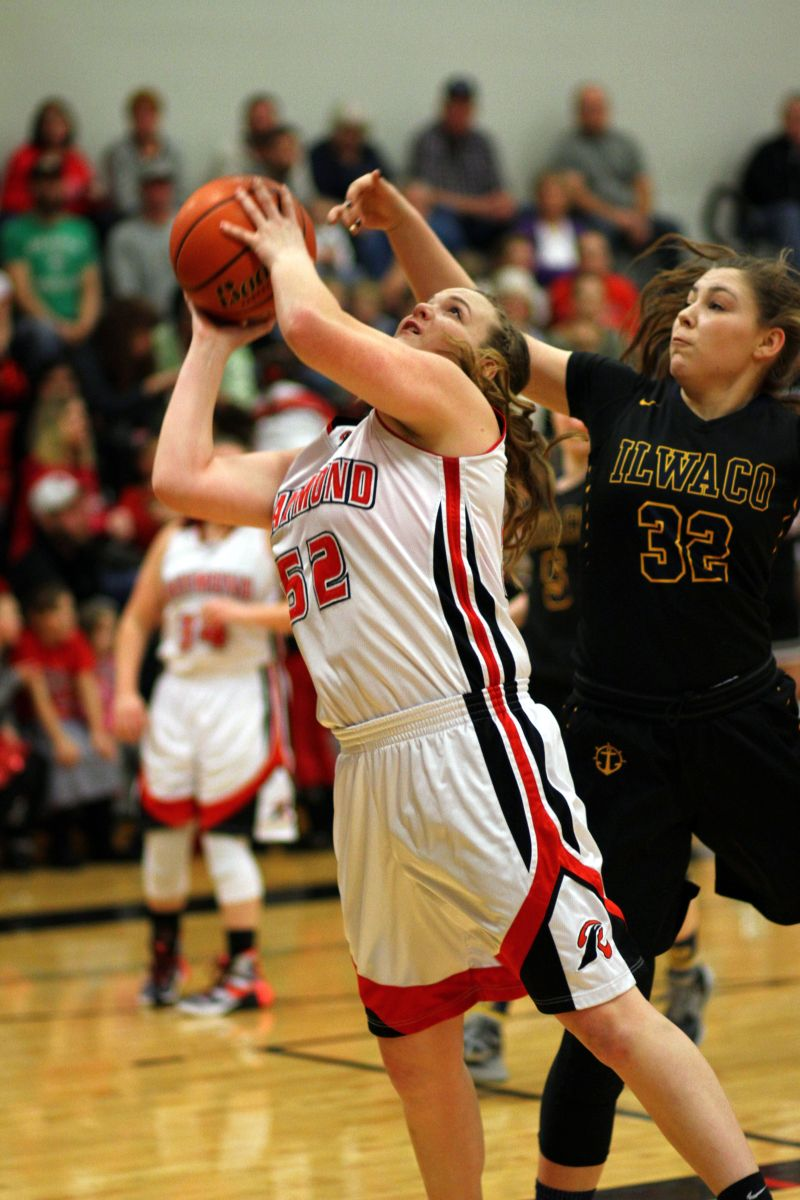 Lady Seagulls rout South Bend