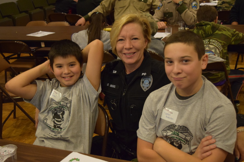 Shop with a Cop elicits smiles