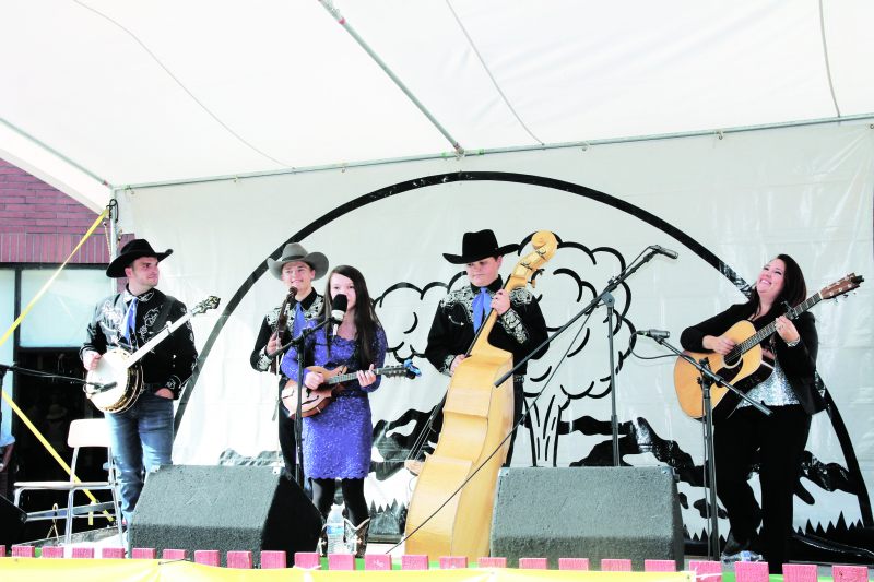 Music lovers gather at Mt. St. Helens Bluegrass Fest