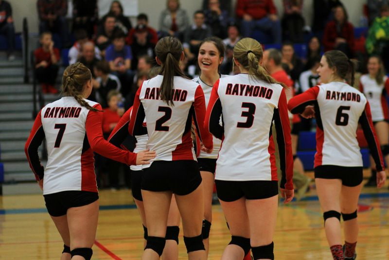 Raymond, Valley close out at district
