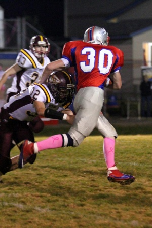 Flemetis explodes for 210 yards in Valley victory