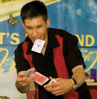 Jeff Evans to visit Winlock Library for Holiday Magic Show