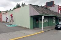 Volunters give Winlock buildings a fresh coat