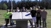 Local students help adorn Winlock graves for Memorial Day