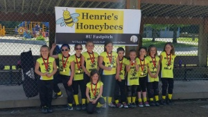 Henrie's Honeybees place second