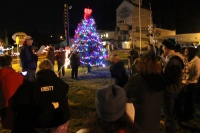 Organizers excited by turnout for first tree lighting in Winlock