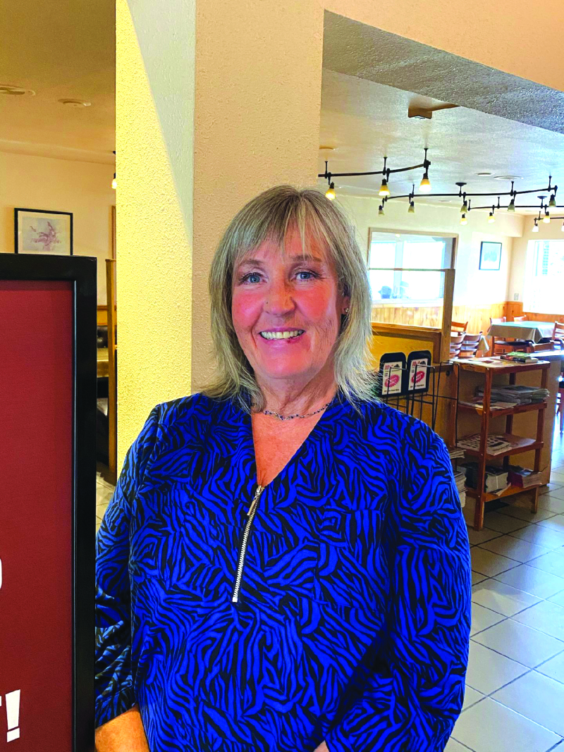 Gee Cee's 35 year mark, new manager takes charge