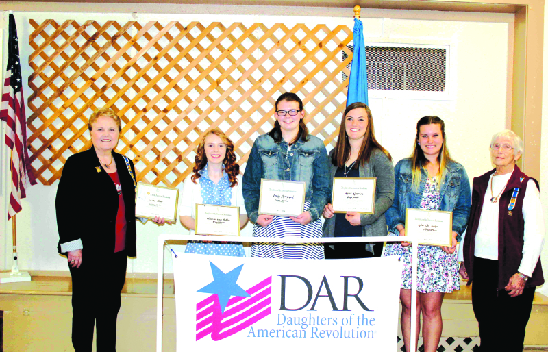 NSDAR scholarship winners