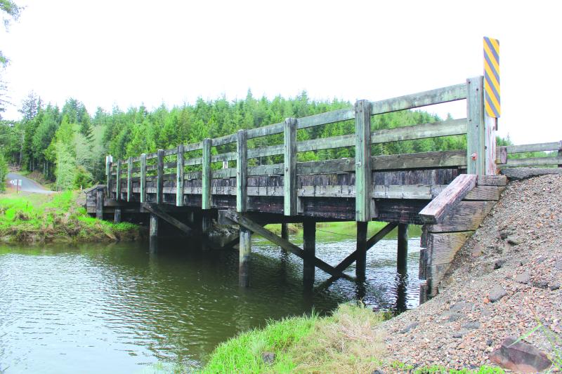 South Bend-Palix Road Bridge classified as deficient