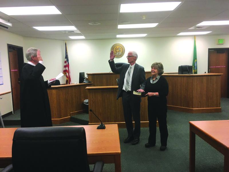 Former Winlock Superintendent passes bar exam
