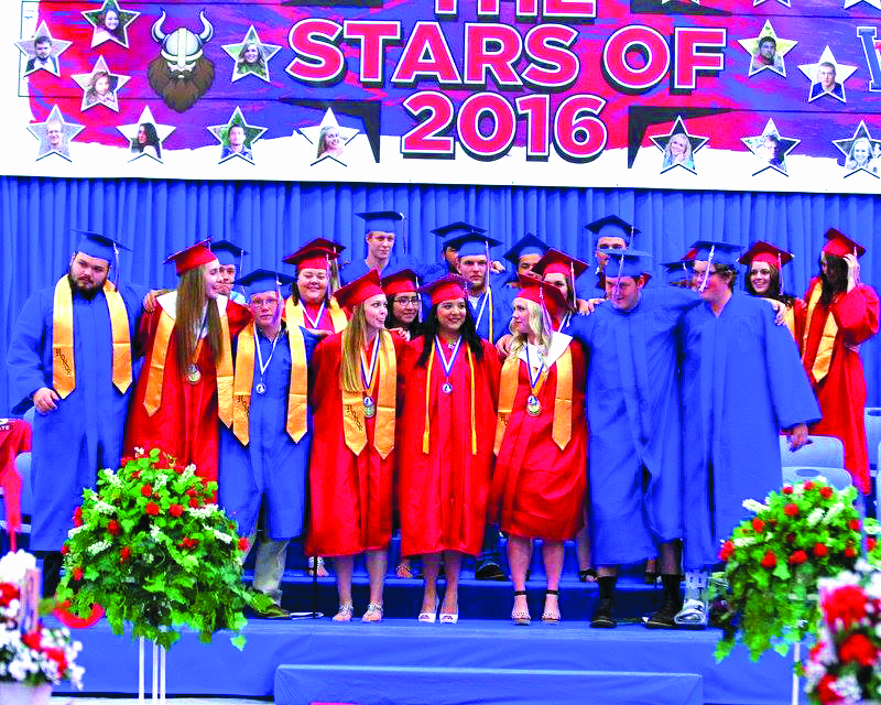 Presenting the Willapa Valley Class of 2016